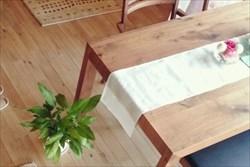 ダイニングテーブルなど無垢材(天然木)を使用した家具をオーダーメイドするなら