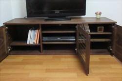 テレビボードなど無垢材の家具をオーダーメイドするなら【家具工房ログ】へ