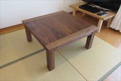 無垢材のテレビボードやテーブルを手作りする【家具工房ログ】は、自由設計で好みの天然木が選べます